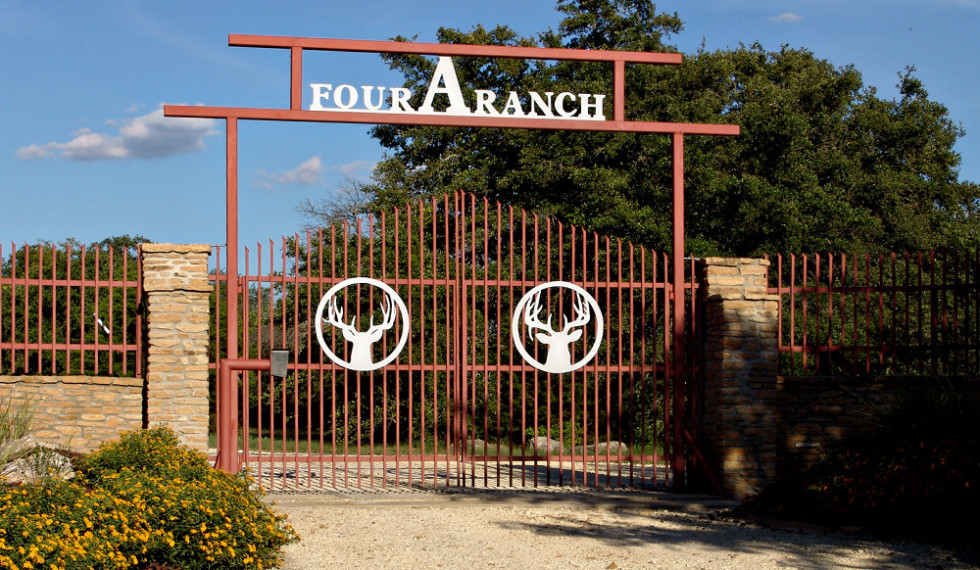 ranch-gate